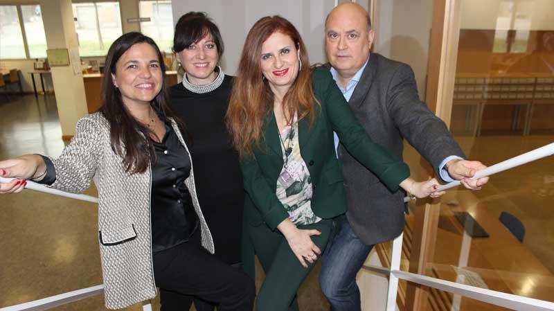 Reunión en la biblioteca María Moliner de los doctores Esteban-Navarro, Marta-lazo, Pérez y Mancho