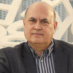 Dr. Miguel Ángel Esteban-Navarro